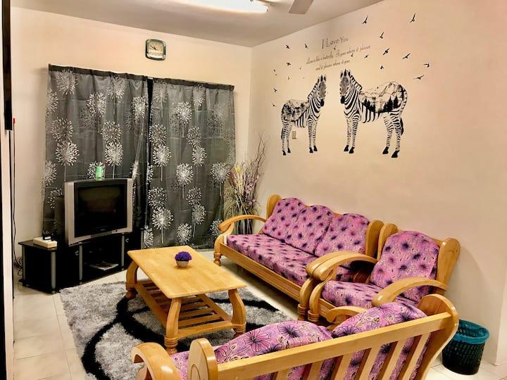 Budget Homestay RM150/night (10min toTea House)