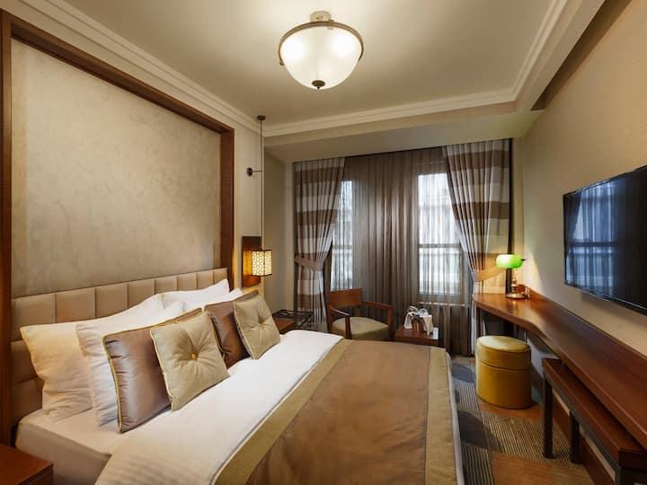 A Private Hotel Room at Karakoy / Beyoğlu