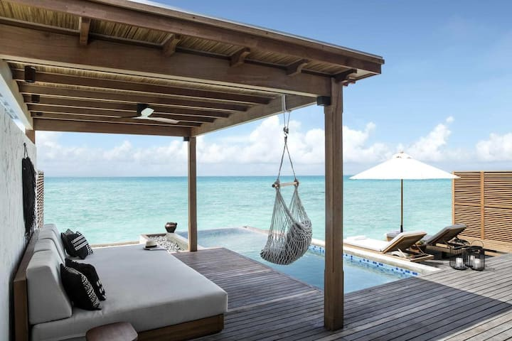 FAIRMONT MALDIVES BEACH SUNRISE VILLA