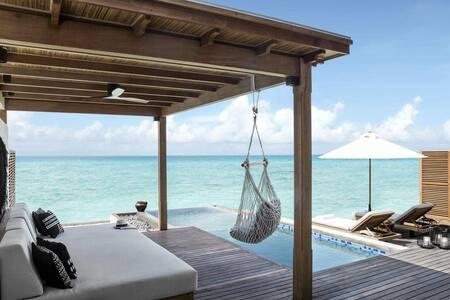 FAIRMONT MALDIVES GRAND WATER SUNSET VILLA