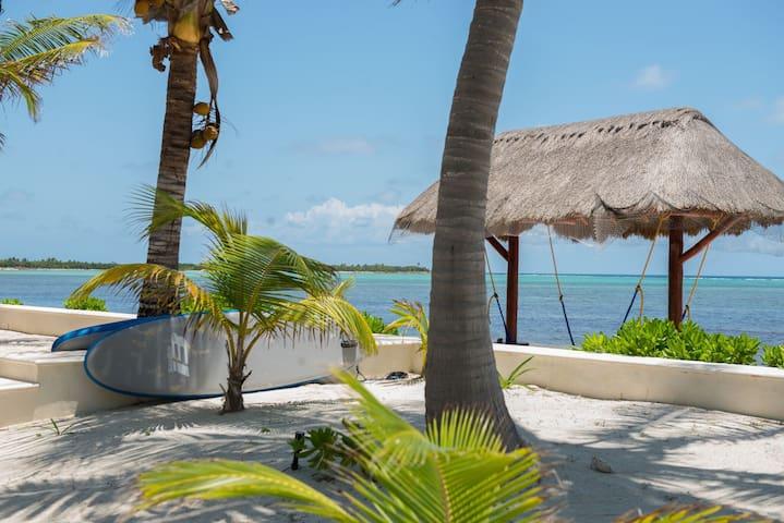 Casa Tortuga, Beach Villa Tulum with pool
