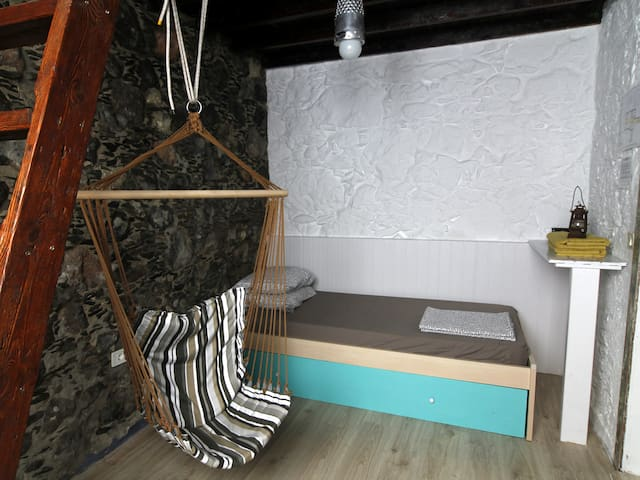 Private room in a 200-YO typical Canarian house - Agaete