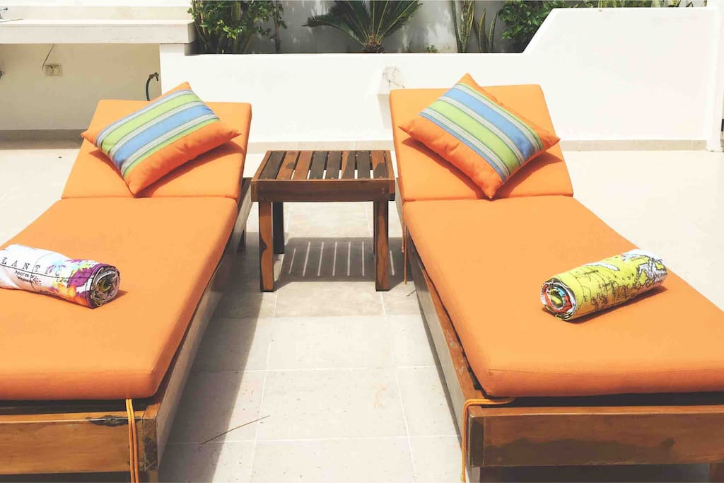 private rooftop sun beds
