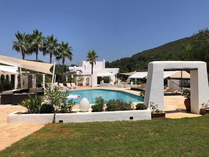Luxury Villa in The Paradise of Northern Ibiza