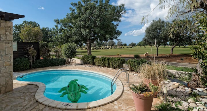 Charming Villa Harubi with stunning views and pool