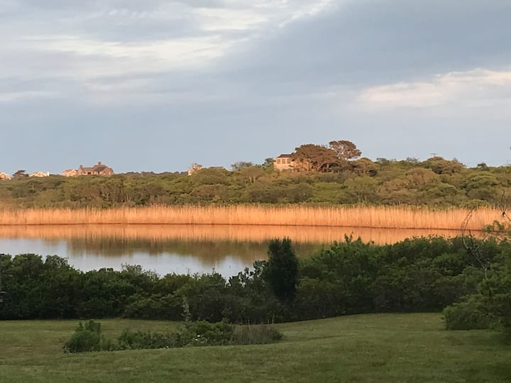 Nantucket home with pond view