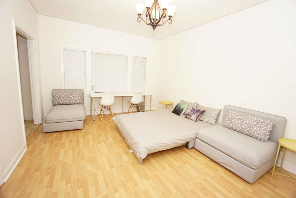 1 Bedroom Near Ucb And Bart Spruce 2 Apartments For Rent In Berkeley California United States