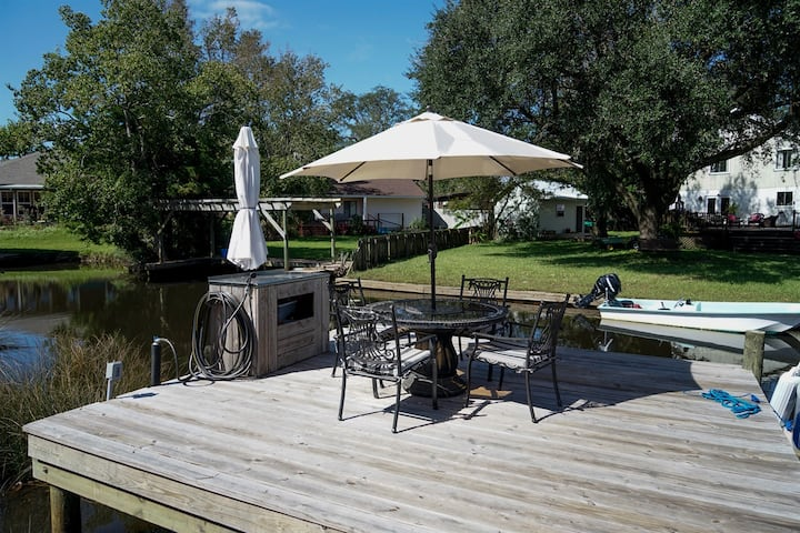 Pet-Friendly | Canal Front House w/Private Dock | On-Site Boat & Trailer Parking