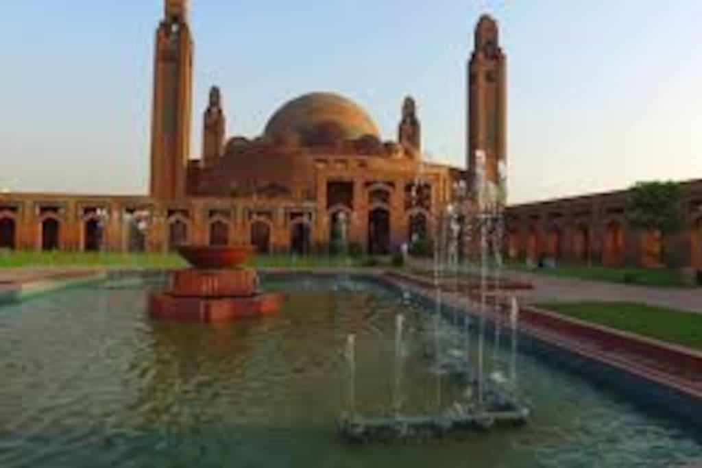 Grand Masjid Bahria Town
