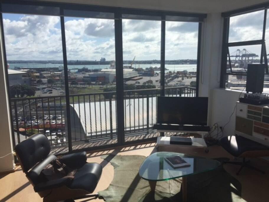 Amazing Sunny Port view
