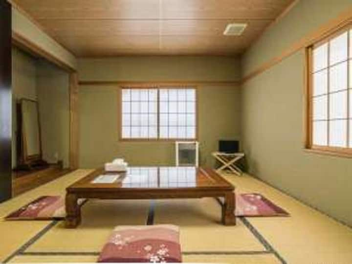 Japanese style room (private room)Wi-Fi No Smoking