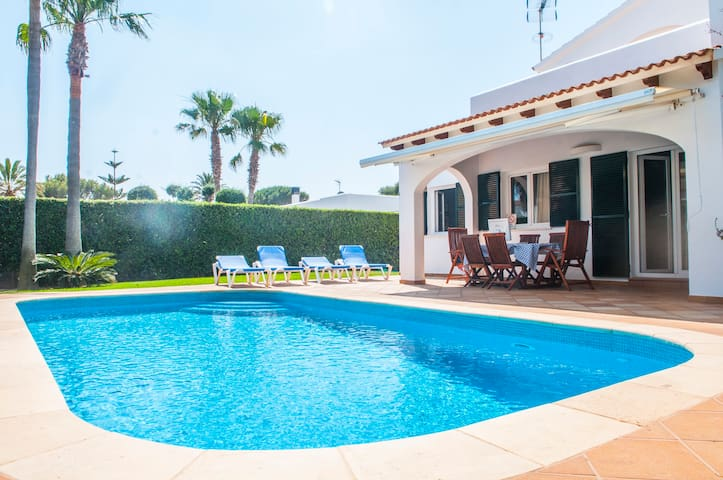 Big Villa with pool,  200 m from two beaches