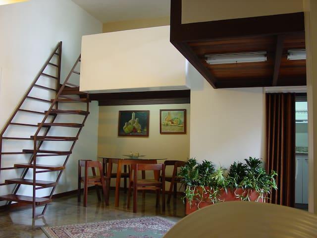 Apartamento de 78 m2, equipado.
