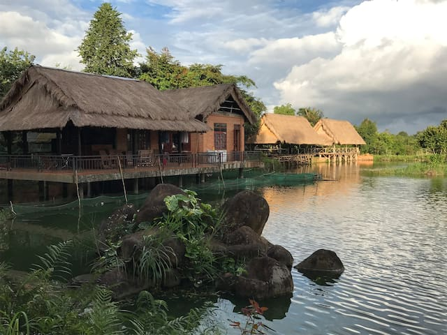 Nguyen Thanh's Orchid Pond Homestay - Dak Mil
