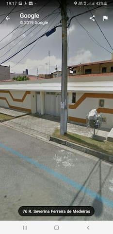 Quarto1 em casa espaçosa em Capim Macio, Natal/RN