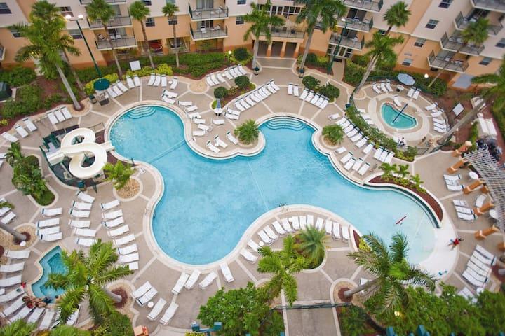 Palm-Aire, Fort Lauderdale, FL, 2 Bedroom Dlx S #1