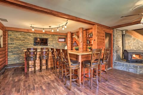 New Listing! Custom Log Home at Lake Wallenpaupack
