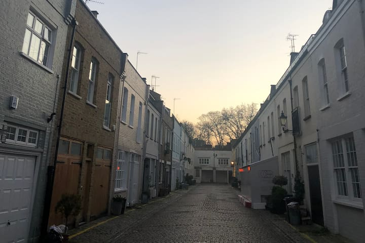 Mews in Central London