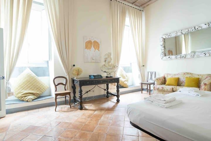 Via dei Cartari luxury Appartament