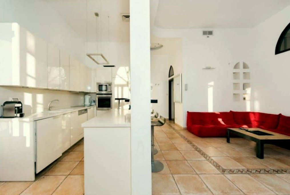 Tel aviv face mer appartements louer tel aviv yafo for Reglement interieur immeuble