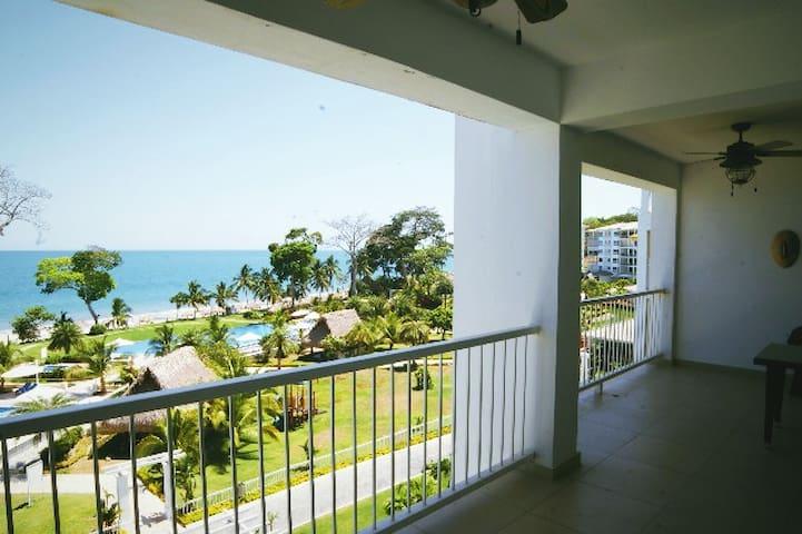 Ocean Front Condo Bijao, Rio Hato, Panama - Rio Hato - Apartment