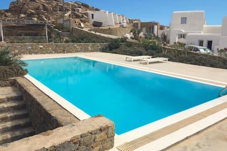 Villa Daria in Mykonos - Tourlos