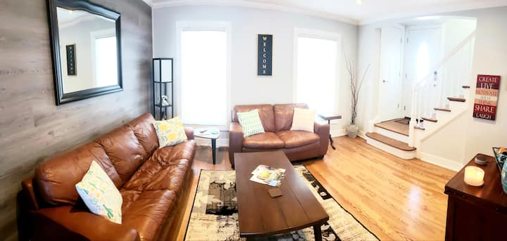 5 Star Entire Cozy Home 20 min to City,  O'Hare