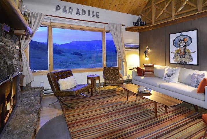 An inviting cabin retreat