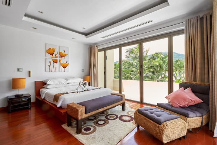 2-Bedroom Pool Villa close to Bang Tao beach