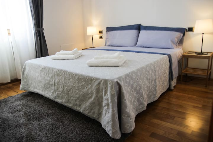 Residenza Pisacane - Cozy Apartment in Florence