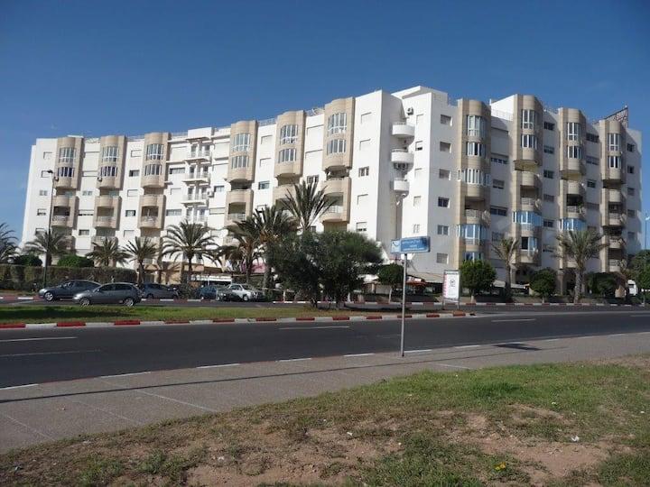 Agadir entre mer et ville, secteur touristique.