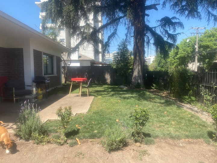 Big house w/ garden in a quiet area of Las Condes