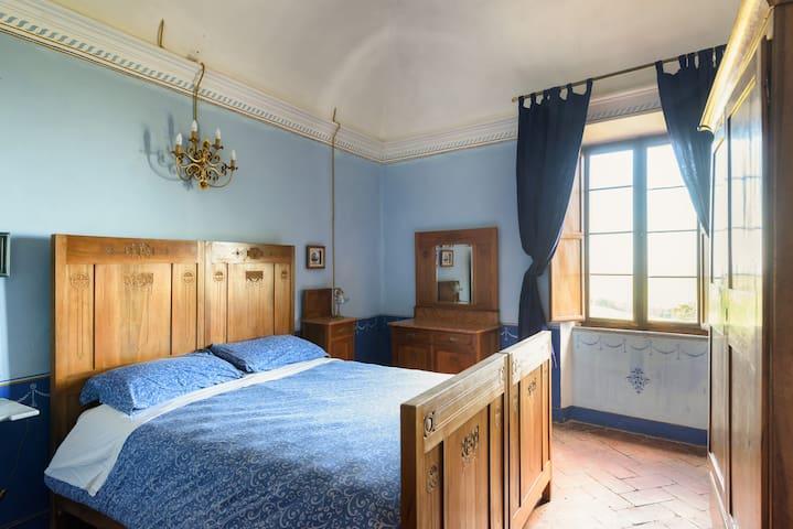 Castello Montelifré. Liutfredo Room - San Giovanni D'asso - Castle
