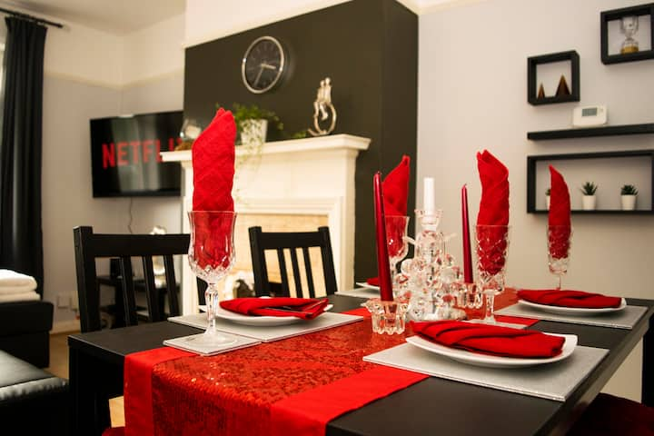 Luxury Cozy Home, Perfect For Families or Couples