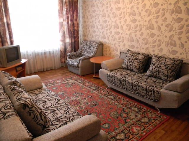 2-х комнатная квартира в центре города - Nowokusnezk - Wohnung