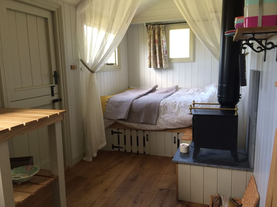 Double bed in the Hut