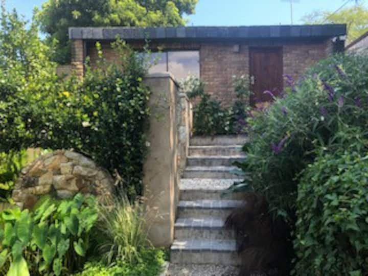 Situated in the beautifull  Durbanville Wine Route