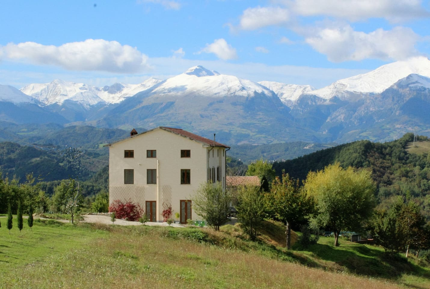 Beautiful apartment with spectacular mountain views