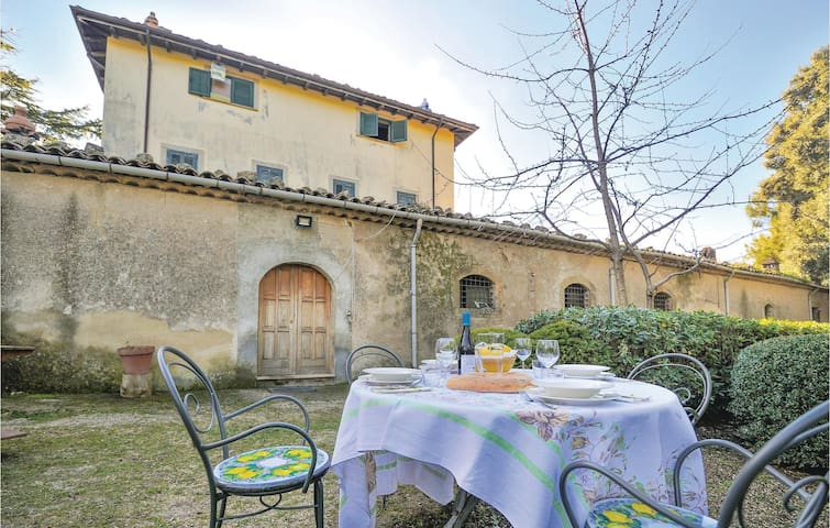 Holiday cottage with 5 bedrooms on 400m² in Cerami - Enna