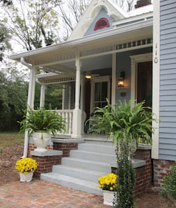 Adair Manor Bed & Breakfast - Adairsville - Szoba reggelivel