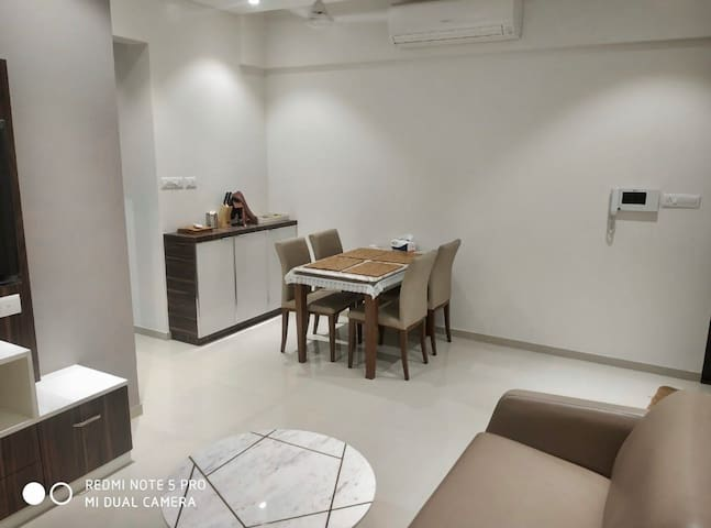 Private room in the heart of Thane by VGC