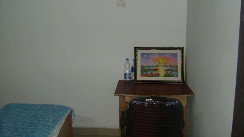 Service Apartment CityCenter Airport Station 3BHK7
