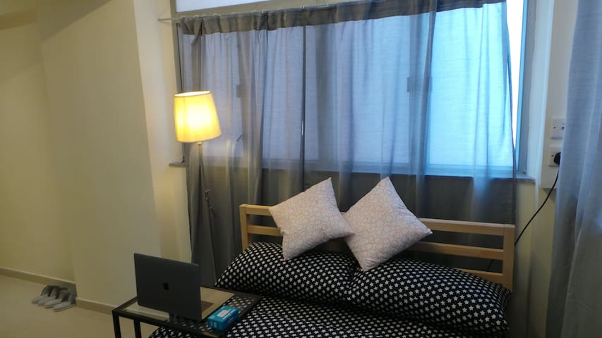[38HR-9D] Beautiful apartment@ Wanchai, 2-3 pax