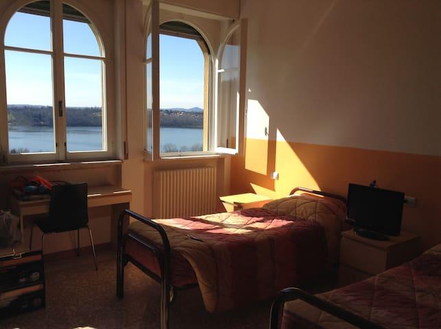 Molinatto - Oggiono - Hostel