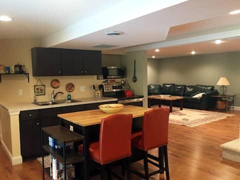 Private, Convenient Suite—West County, St. Louis