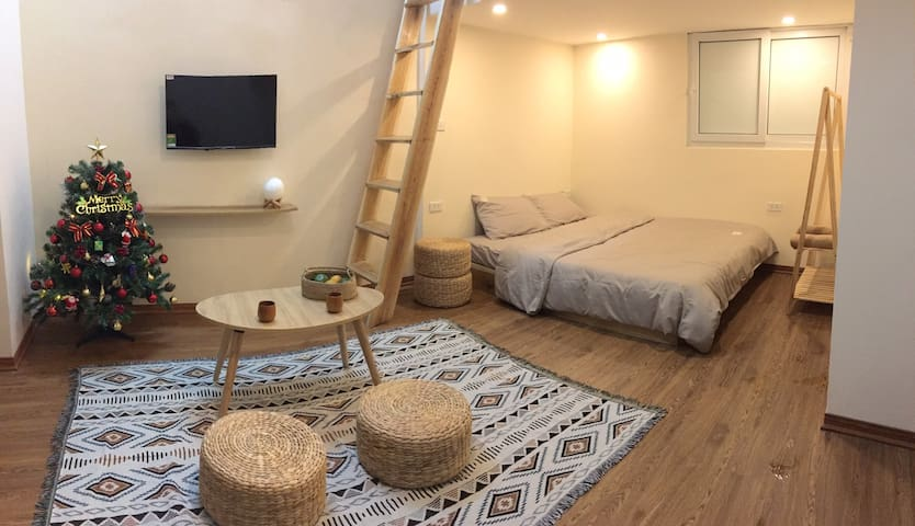 GIA GIA HOMESTAY/COZY+CLEAN/2 mins to West Lake