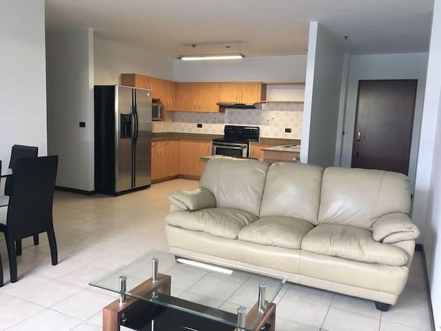 APARTAMENTO ESCAZU / TREJOS MONTEALEGRE - San José - Apartamento
