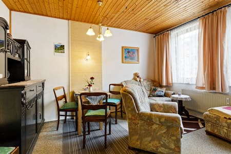 Winsome Holiday Home with Terrace,Garden,Bicycle Storage,BBQ