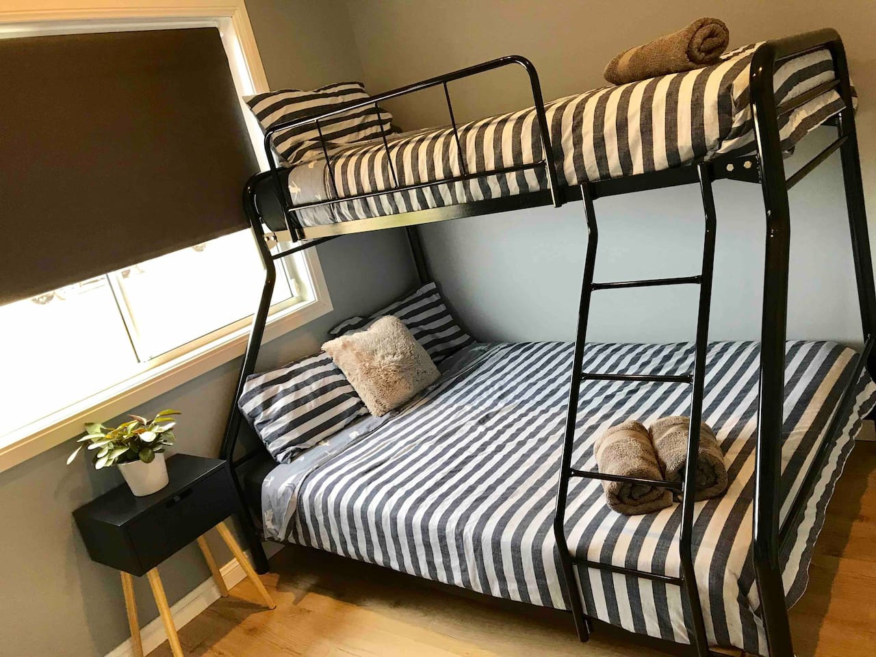 Bedroom 2 with double bunk bed