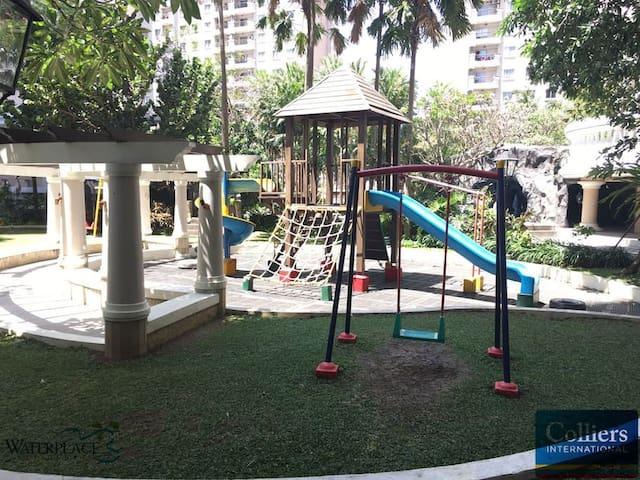 1BR Waterplace Apt. Next to Pakuwon Mall Surabaya